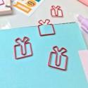 "Скрепка-закладка ""Gift"""
