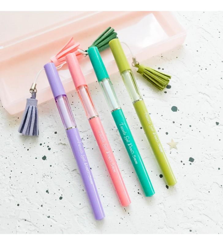 Ручка с кисточкой